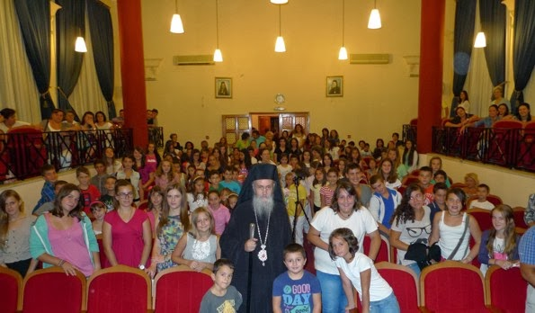 Metropolitan Hierotheos of Nafpaktos Answers 19 Questions of Youth